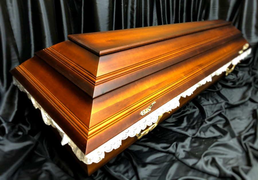 Гроб, деревянный, классический